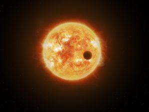 Imagem artística de um exoplaneta a transitar em frente à sua estrela.
