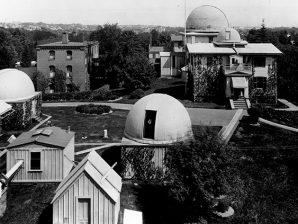 Observatório de Harvard por volta de 1899