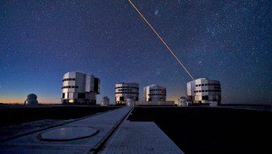 Os quatro telescópios do VLT