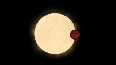 Imagem artística do trânsito do Júpiter quente KELT-11b em frente à estrela HD 93396, uma sub-gigante amarela a 320 anos-luz de distância.