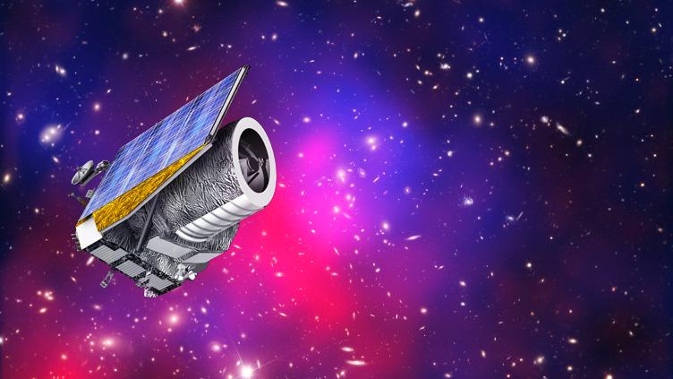 Conceção artística do telescópio Euclid. Na imagem em fundo, do enxame de galáxias Abell 2744.